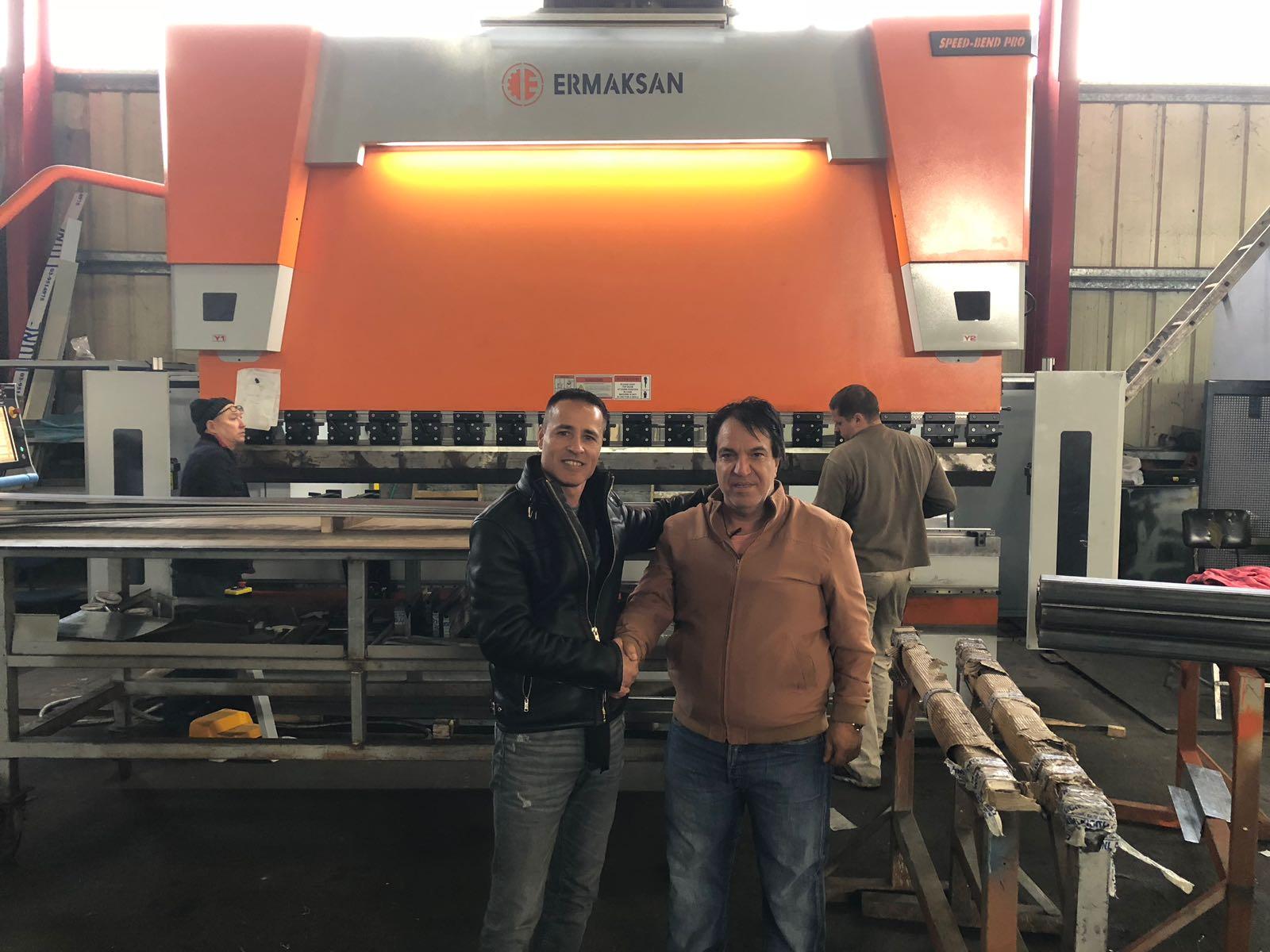 רומאל מפעלי מתכת - מכונה חדשה