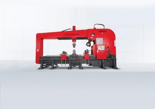 מכונות לייצור כיפות ומיכלים